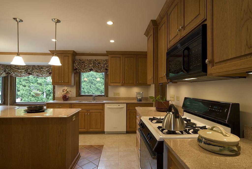 Granite Kitchen And Bath Design Schools